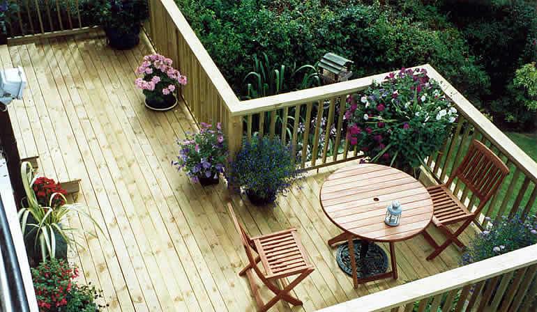 Garden decking photos gallery wooden landscapes images for Garden designs with decking